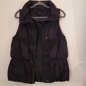 Black Gap Down Puffer Vest